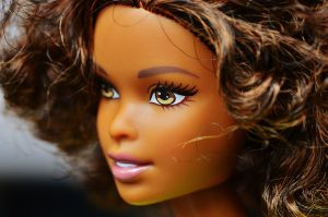 barbie-1426039_1280