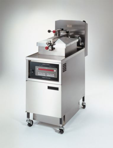 Henny Penny PFE500/8000 4 Head Electric Pressure Fryer With 8000 Computron Controls