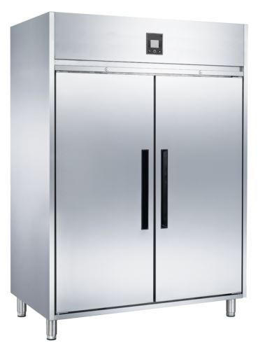 Advantage Platinum 2 Solid Door Upright Freezer