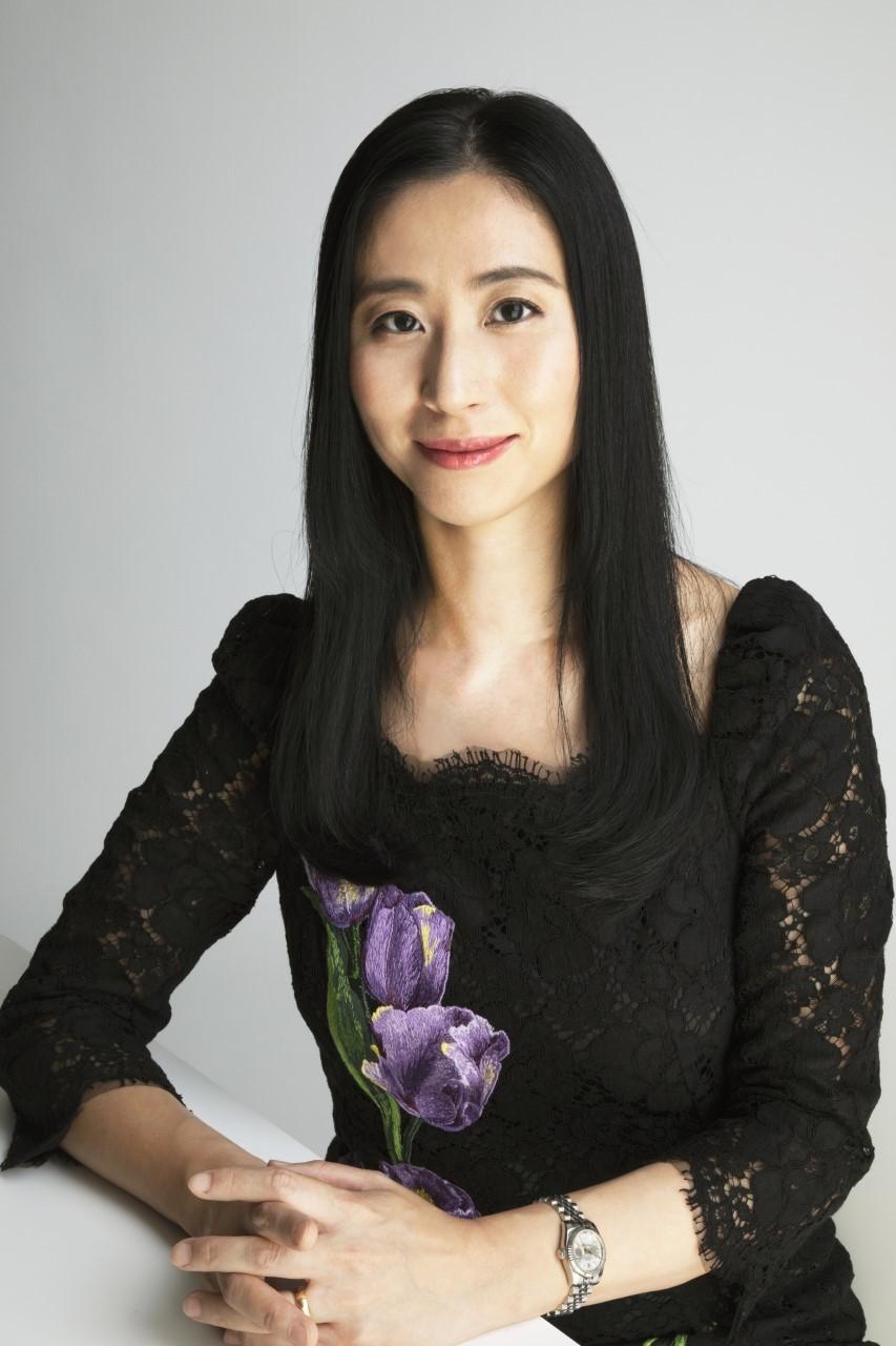Dr Lully Miura