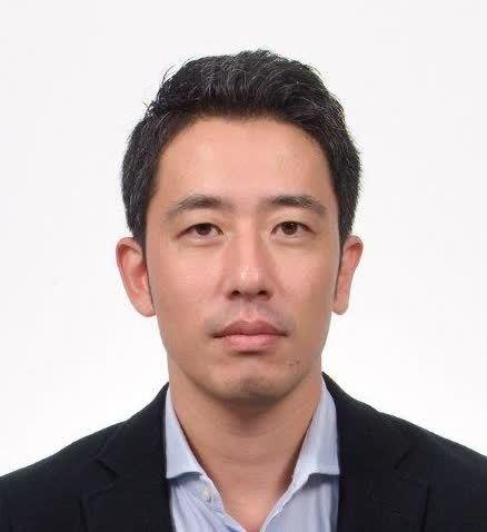 Dr Tomohiko Satake