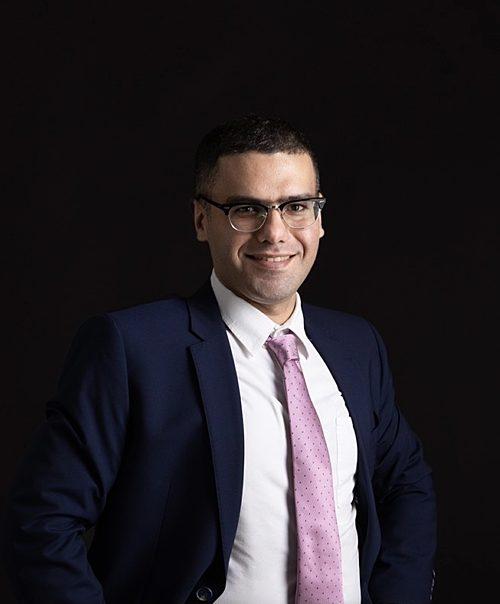 Dr Hossein Dashti