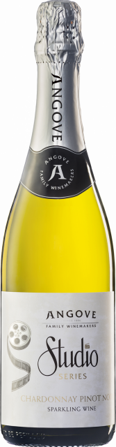 Studio Series Sparkling Chardonnay Pinot Noir