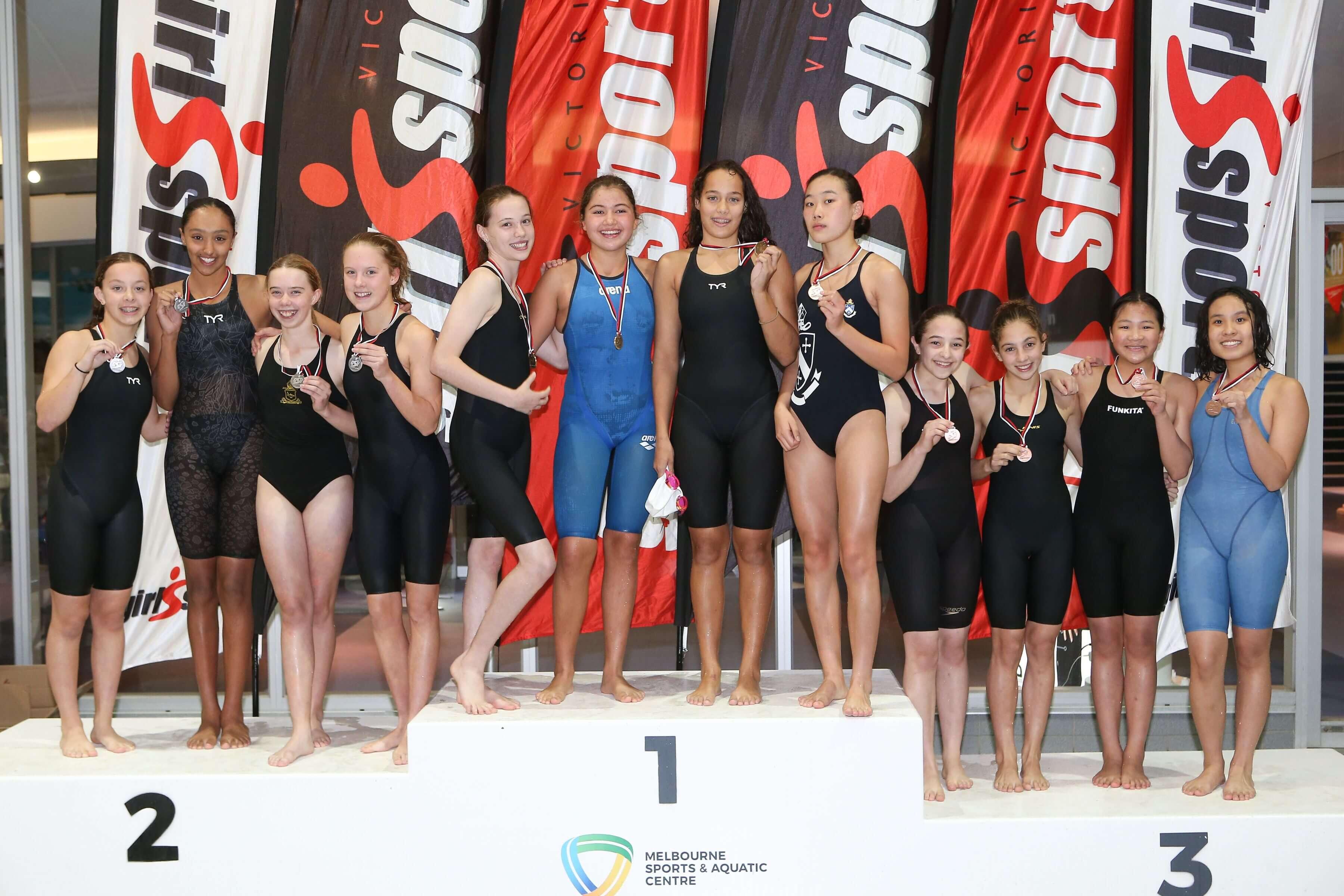 artemis-swimmers-podium