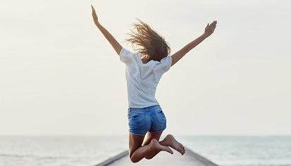 Quote_girl_jumping