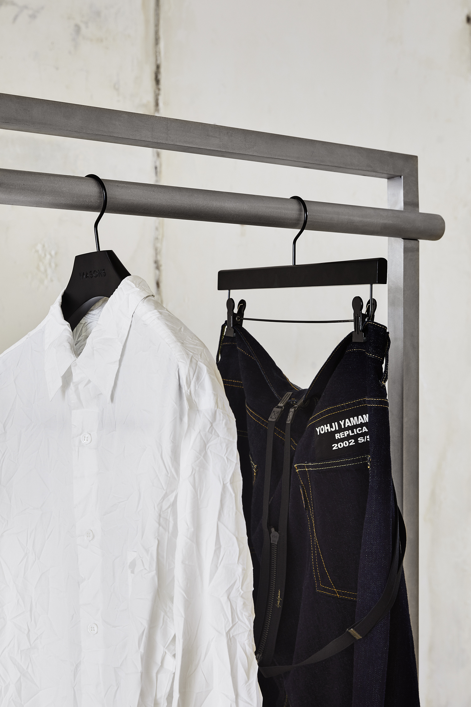 NO 3 Our Clothes Rack04