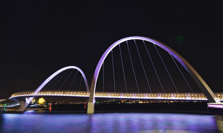 The Elizabeth Quay bridge at night