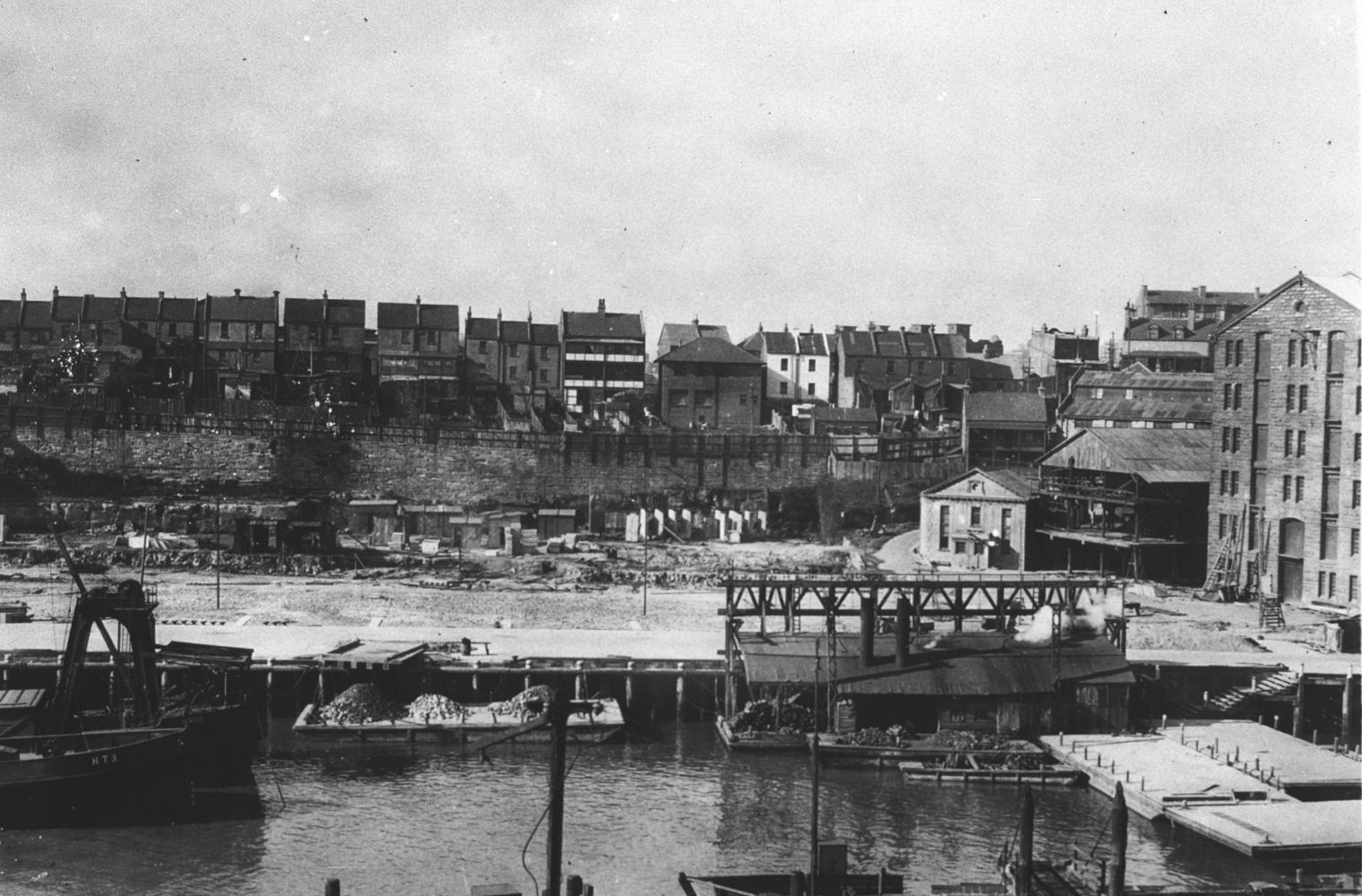 (Wharf No.25 Pyrmont, 1929. (State Library of New South Wales GPO1 – 19728)