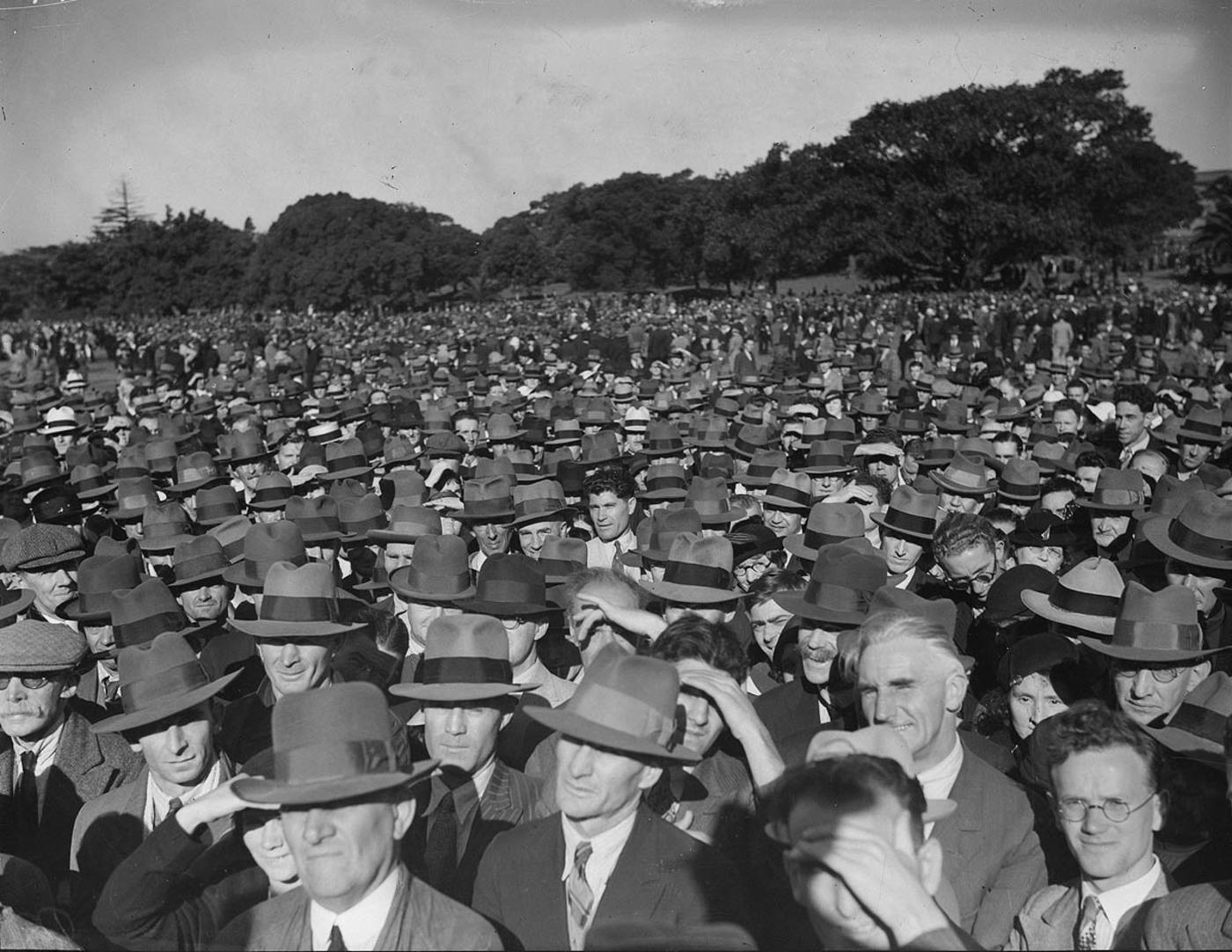 Crowd in the Domain listening to Communist Party speaker c1934 by Sam Hood