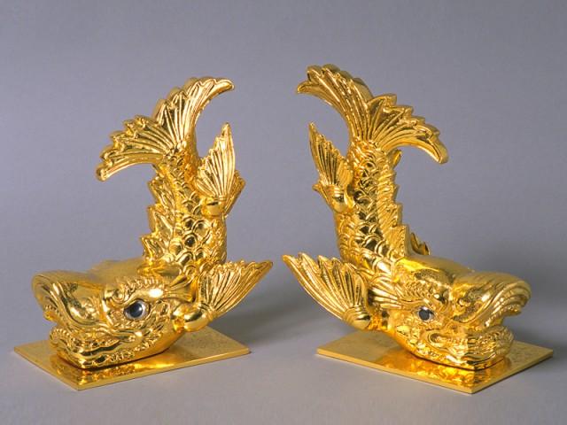 Replica Golden Dolphins