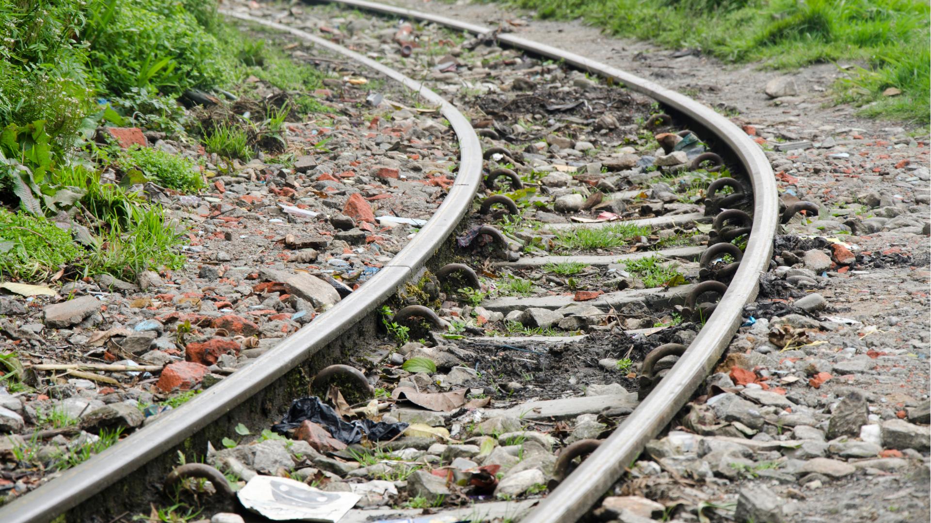 Sustainable glyphosate use on roadsides, railways, public utilities and parks
