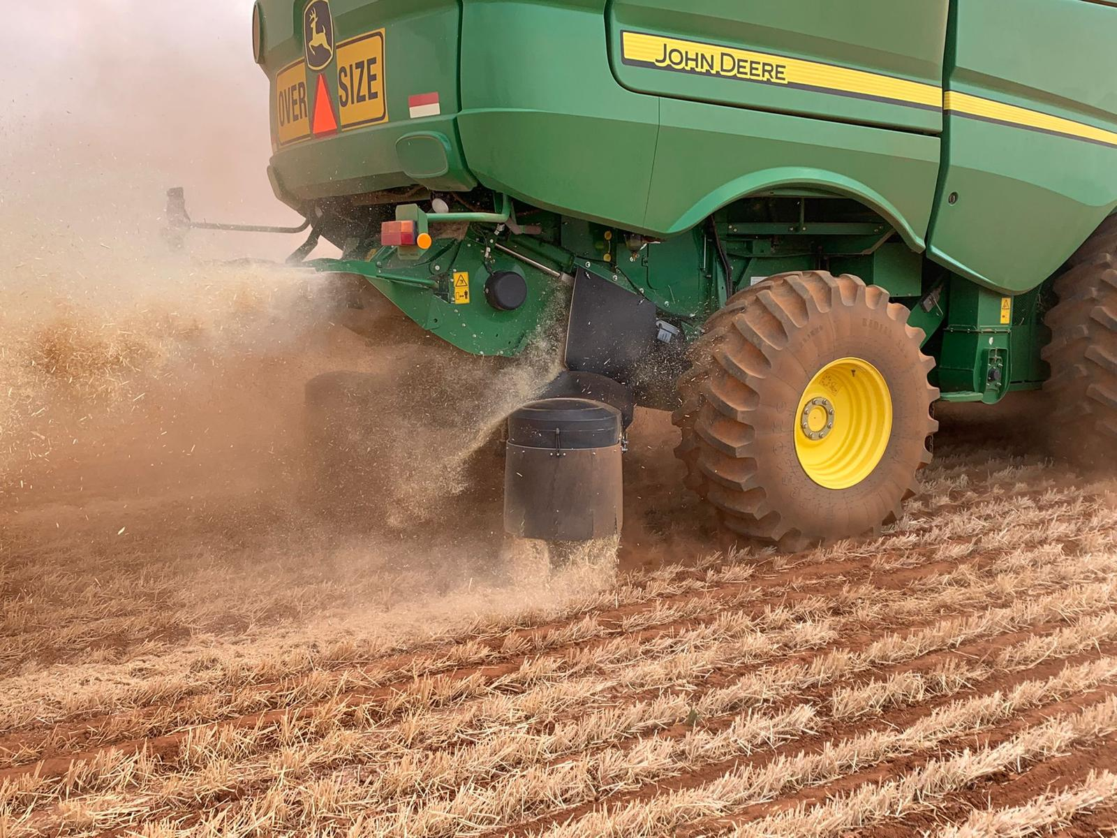 Why chaff decks are a great option for harvest weed seed control