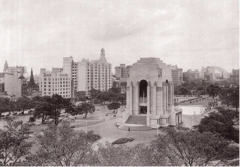 Hyde Park (undated) believed to be Inter War period sometime in the 1930's or 40's