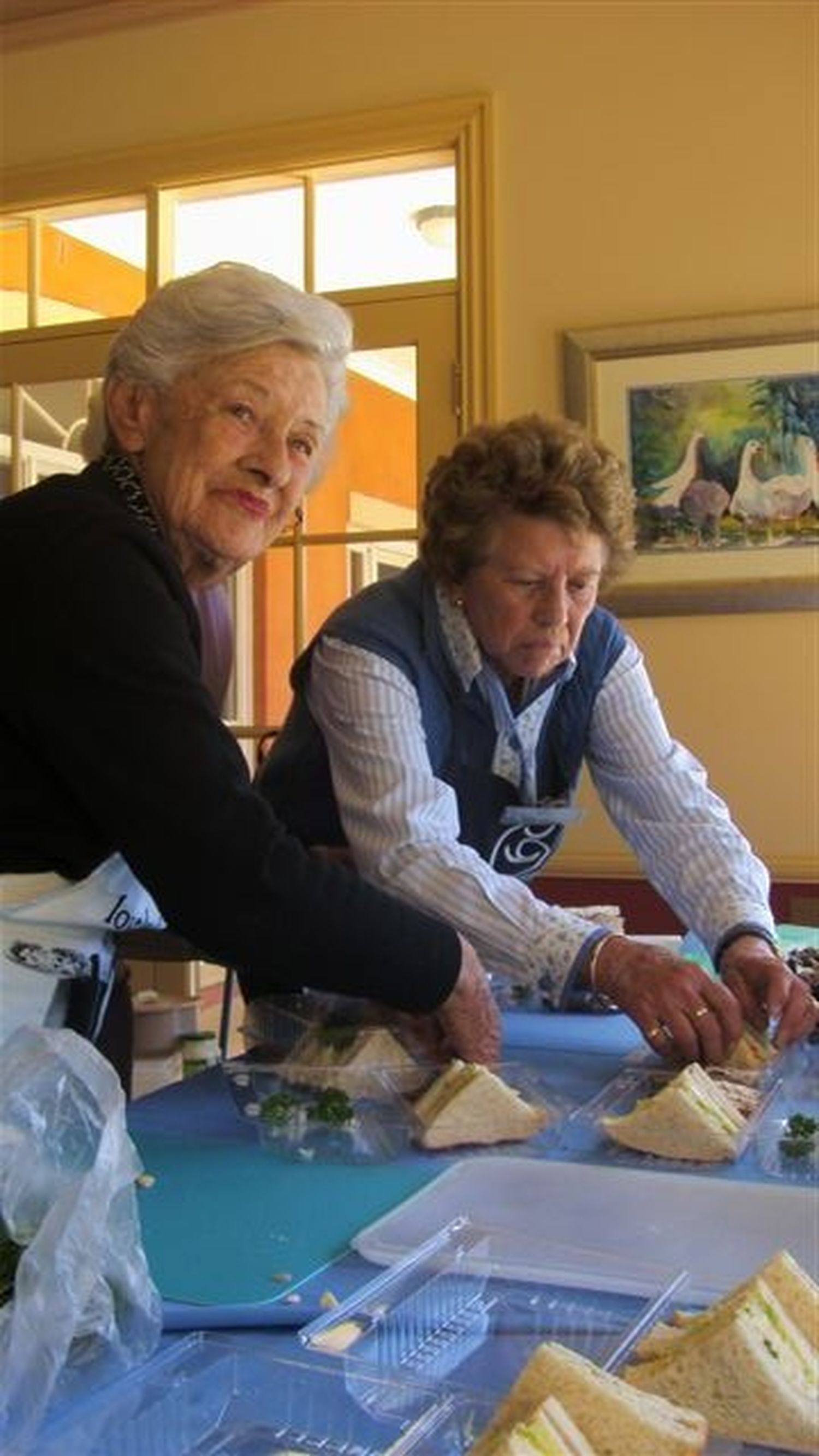 Beecroft Committee lunch preparation