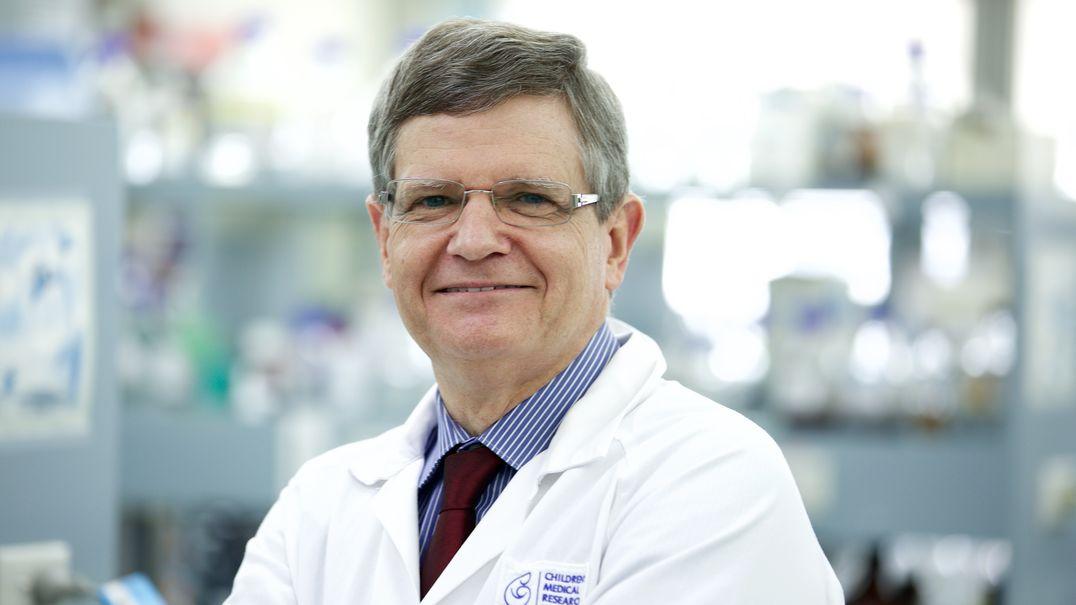 Roger Reddel in lab