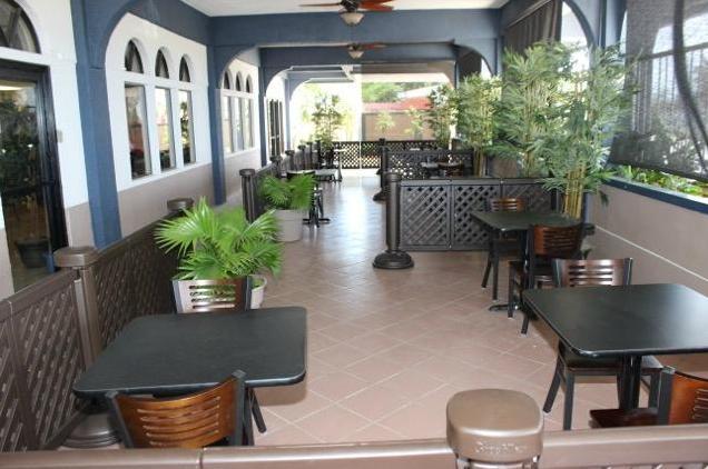 Level 5 - Hotel & Cafe