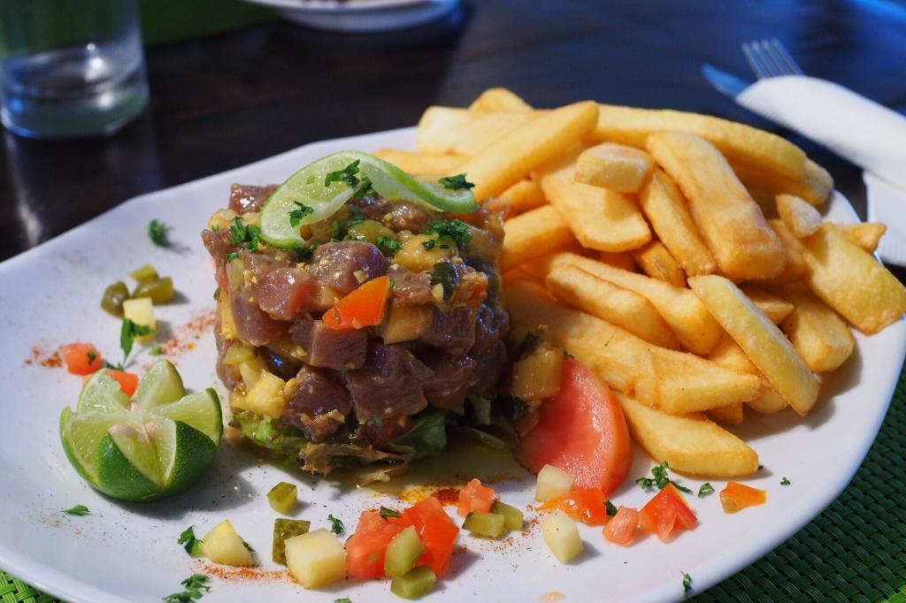 Restaurant Moorea Le Lezard Jaune Cafe