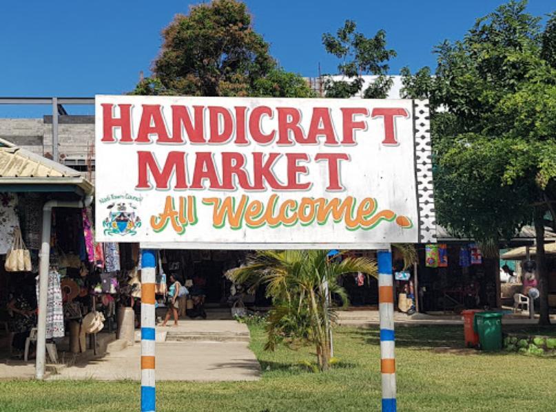Nadi Handicraft Market