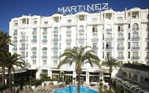 Grand-Hyatt-Cannes-France-Exterior-View-of-Building
