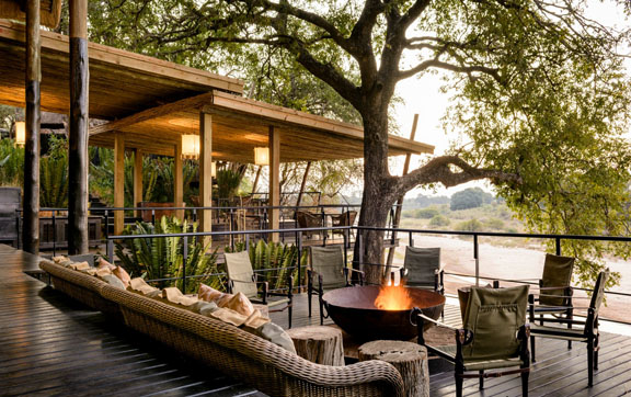 Worlds-Best-Safari-Lodges-Singita-Ebony-Lodge-Deck