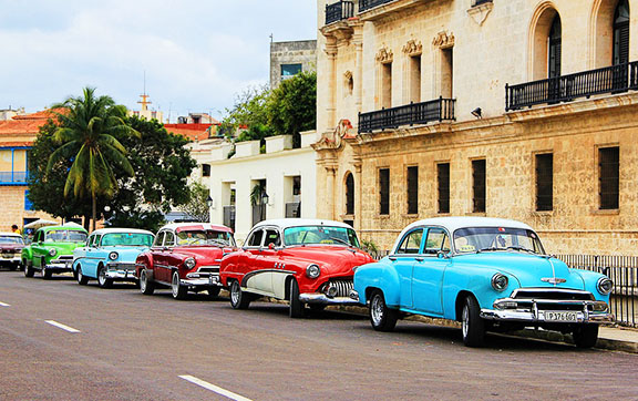 Colourful Cars in Havana