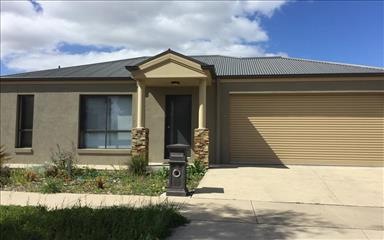 House share Eaglehawk, Vic - Northern $180pw, 4+ bedroom house