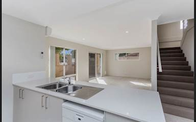 House share Como, Perth $245pw, 3 bedroom house