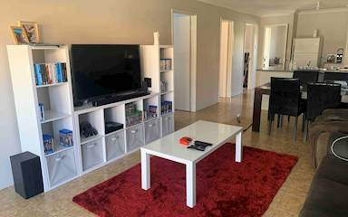 House share Bertram, Perth $125pw, 3 bedroom house
