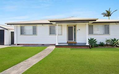 House share Adamstown, NSW - Hunter, Central and North Coasts $225pw, 3 bedroom house