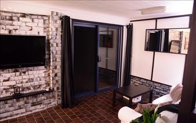 House share Arana Hills, Brisbane $250pw, 1 bedder/studio house