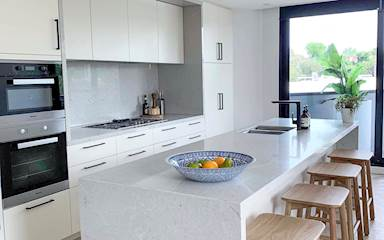 House share Armadale, Melbourne $400pw, 3 bedroom apartment