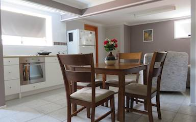 House share Arana Hills, Brisbane $240pw, 1 bedder/studio apartment