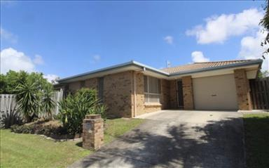 House share Burleigh Waters, Gold Coast and SE Queensland $245pw, 3 bedroom house