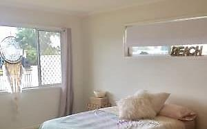 House share Golden Beach, Gold Coast and SE Queensland $155pw, 3 bedroom house