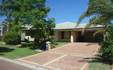 House share Cockburn Central, Perth $120pw, 4+ bedroom house