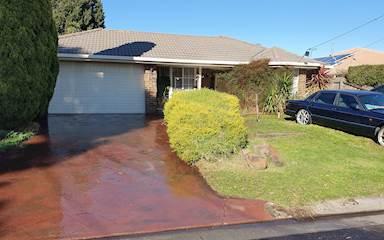 House share Altona Meadows, Melbourne $215pw, 3 bedroom house