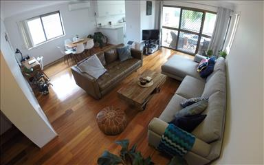 House share Broadbeach, Gold Coast and SE Queensland $205pw, 2 bedroom apartment