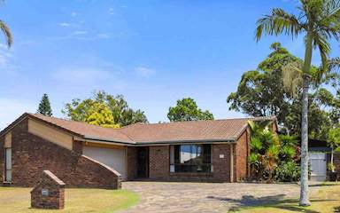 House share Broadbeach Waters, Gold Coast and SE Queensland $185pw, 4+ bedroom house