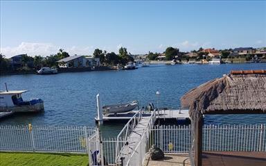 House share Banksia Beach, Brisbane $200pw, 4+ bedroom house