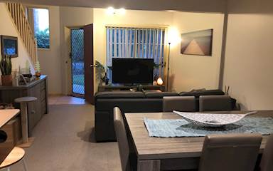 House share Carrara, Gold Coast and SE Queensland $185pw, 3 bedroom house