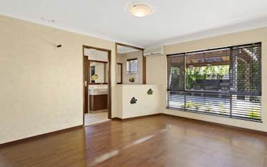 House share Burleigh Waters, Gold Coast and SE Queensland $300pw, 3 bedroom house