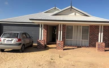 House share Bullsbrook, Perth $165pw, 3 bedroom house