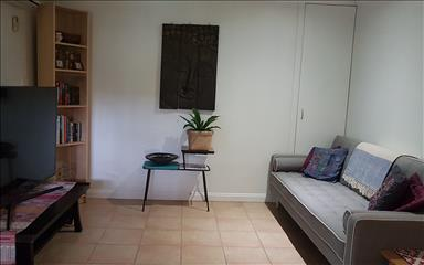 House share Burleigh Heads, Gold Coast and SE Queensland $350pw, 1 bedder/studio apartment