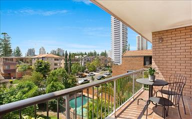 House share Broadbeach, Gold Coast and SE Queensland $210pw, 2 bedroom apartment