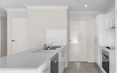 House share Bellbird Park, Brisbane $200pw, 4+ bedroom house