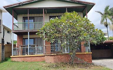 House share Alexandra Headland, Gold Coast and SE Queensland $175pw, 3 bedroom house