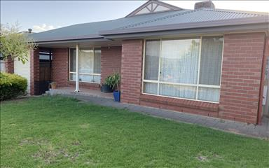 House share Golden Grove, Adelaide $160pw, 4+ bedroom house