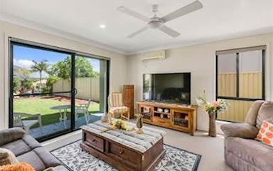 House share Arundel, Gold Coast and SE Queensland $175pw, 3 bedroom house