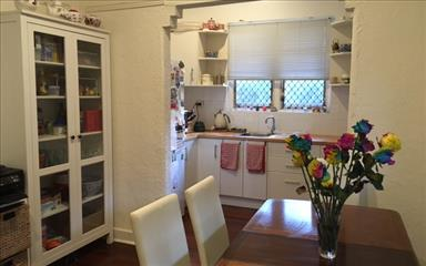 House share Carlisle, Perth $165pw, 2 bedroom house