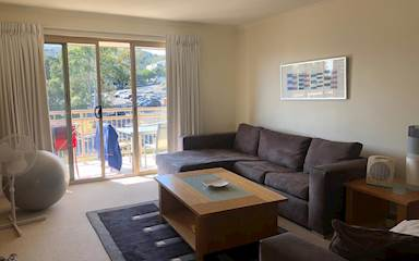 House share Burleigh Heads, Gold Coast and SE Queensland $225pw, 2 bedroom apartment